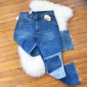 Levis NWT Patchwork Frayed Raw Hem Crop Jeans